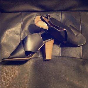 Ana sandals